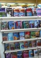 travelbookshelf1